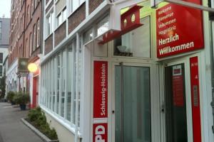Eingang zum Walter-Damm-Haus, Sitz der SPD Kiel und der SPD Schleswig-Holstein