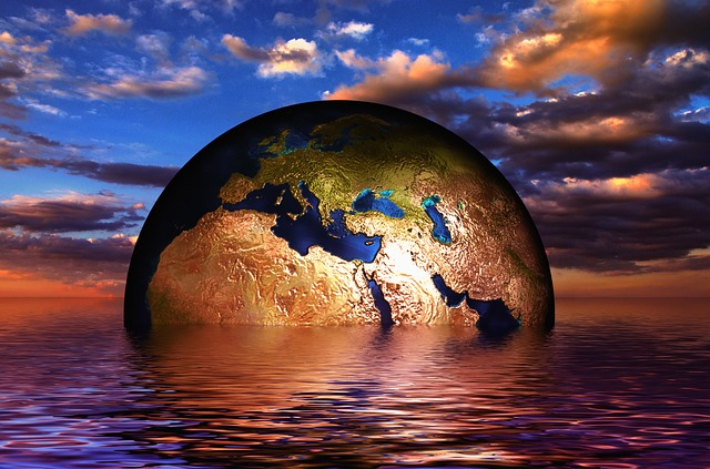 Erde Globus Wasser Wellen Meer See Untergang