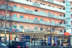 Ladenzeile am Rungholtplatz