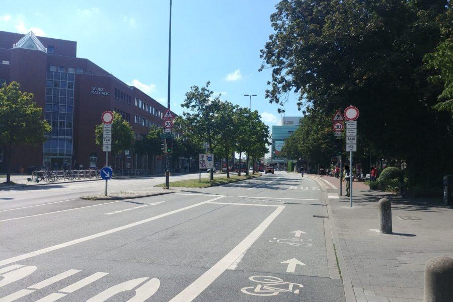 Andreas-Gayk-Straße zwischen Fabrikstraße und Stresemannplatz